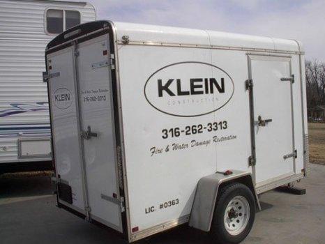 Klein Trailer